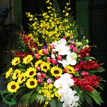 Flowers delivery service in Saigon free shipping